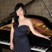 Jeewon Park, piano