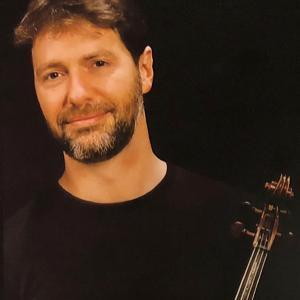 Timothy Deighton, viola