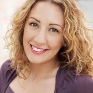 Jamie-Rose Guarrine, soprano